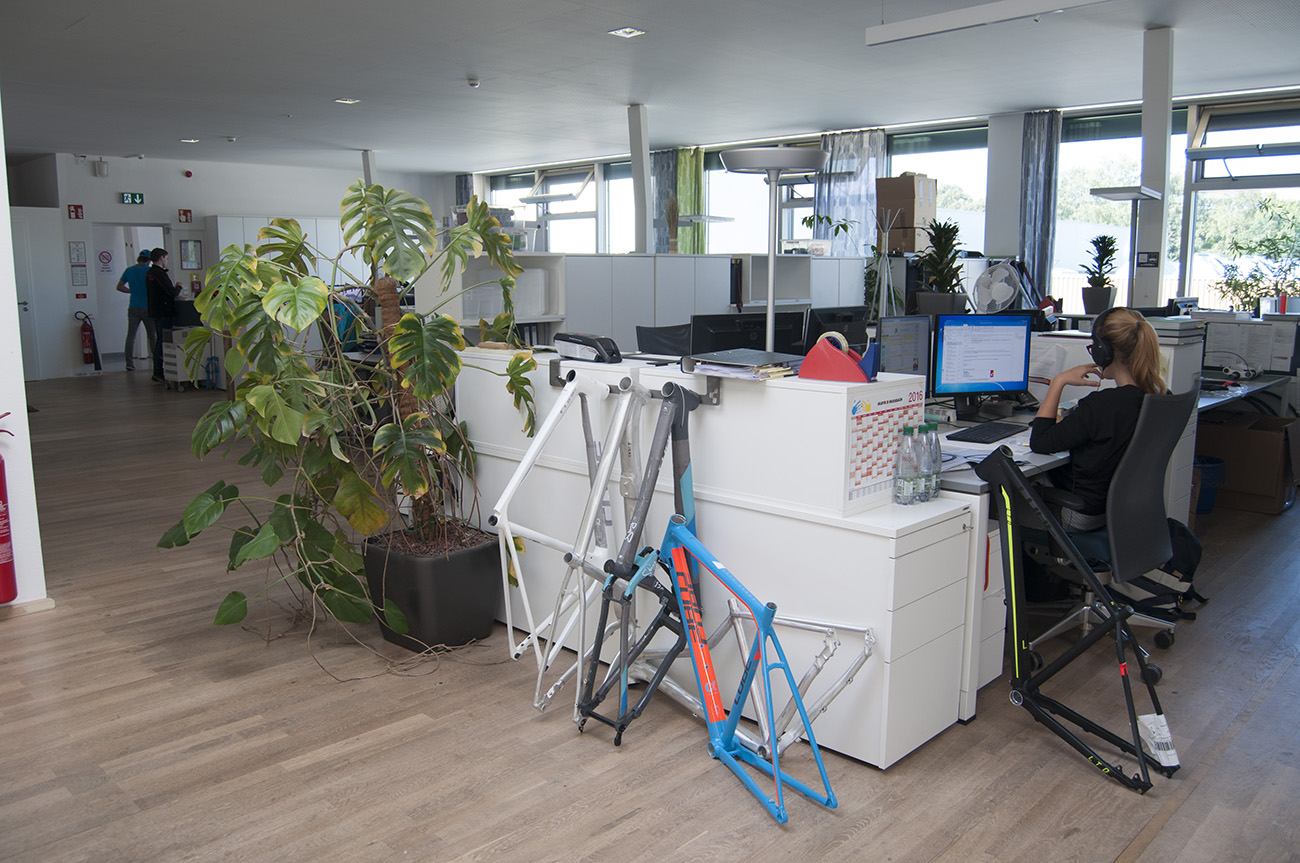 33-product-dev-office